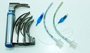 Cómo realizar una intubación orotraqueal