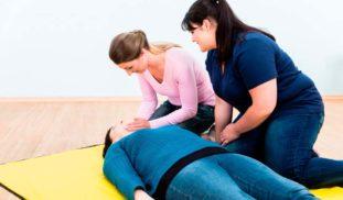 abrir la vía aérea en un paciente inconsciente